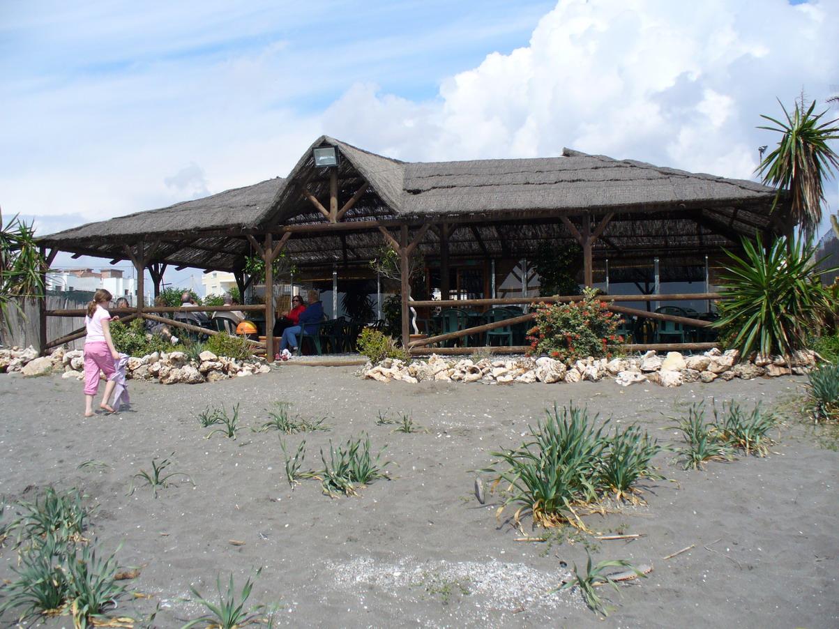 Foto playa El Peñoncillo. Chiringuito en la playa del Peñoncillo