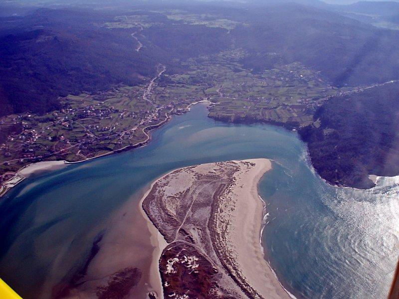 Foto playa Barra do Medio. Vista Aérea Ponteceso