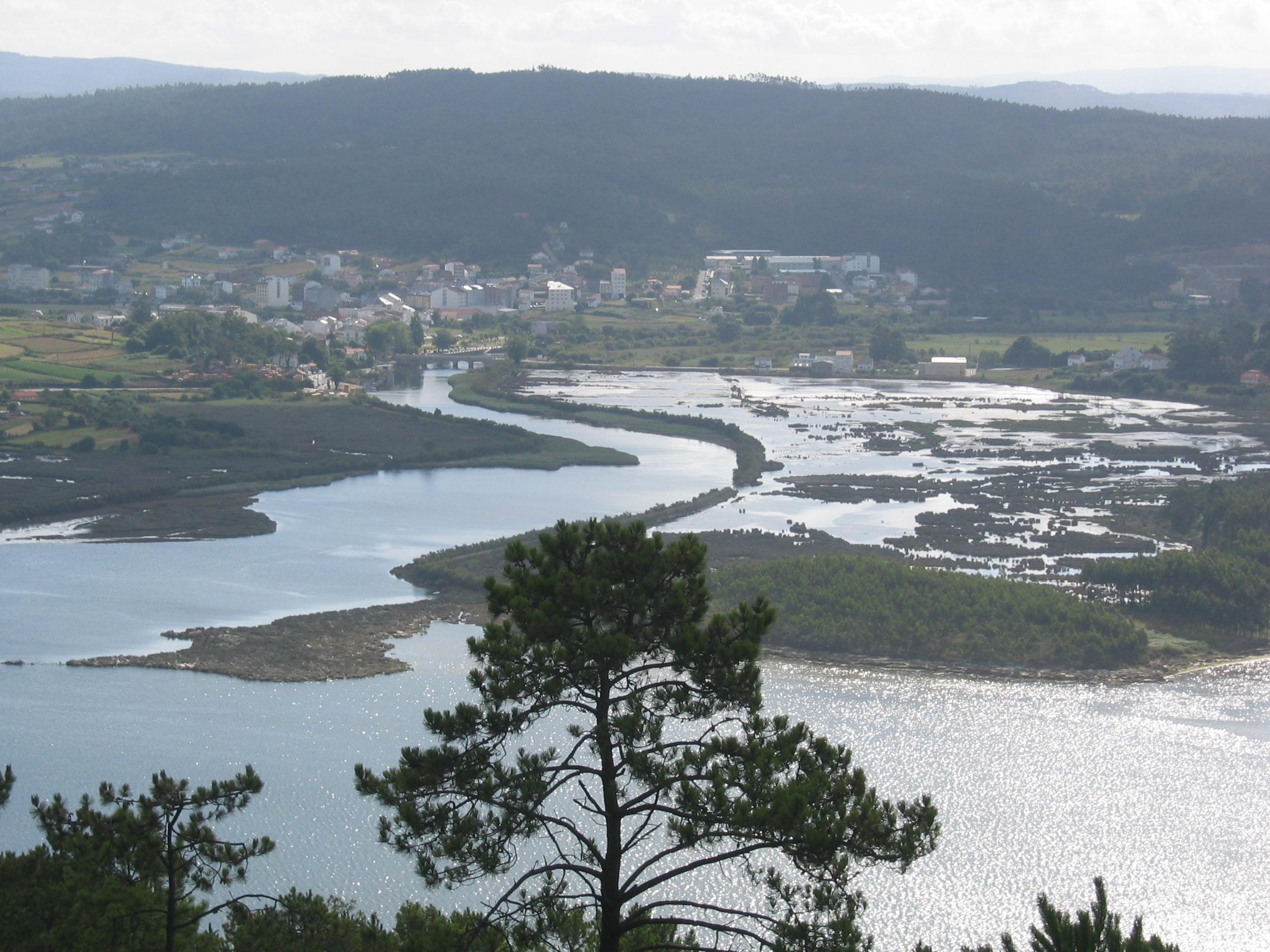 Foto playa Barra do Medio. IMG_0489 Ponteceso desde la cima de Monte Blanco