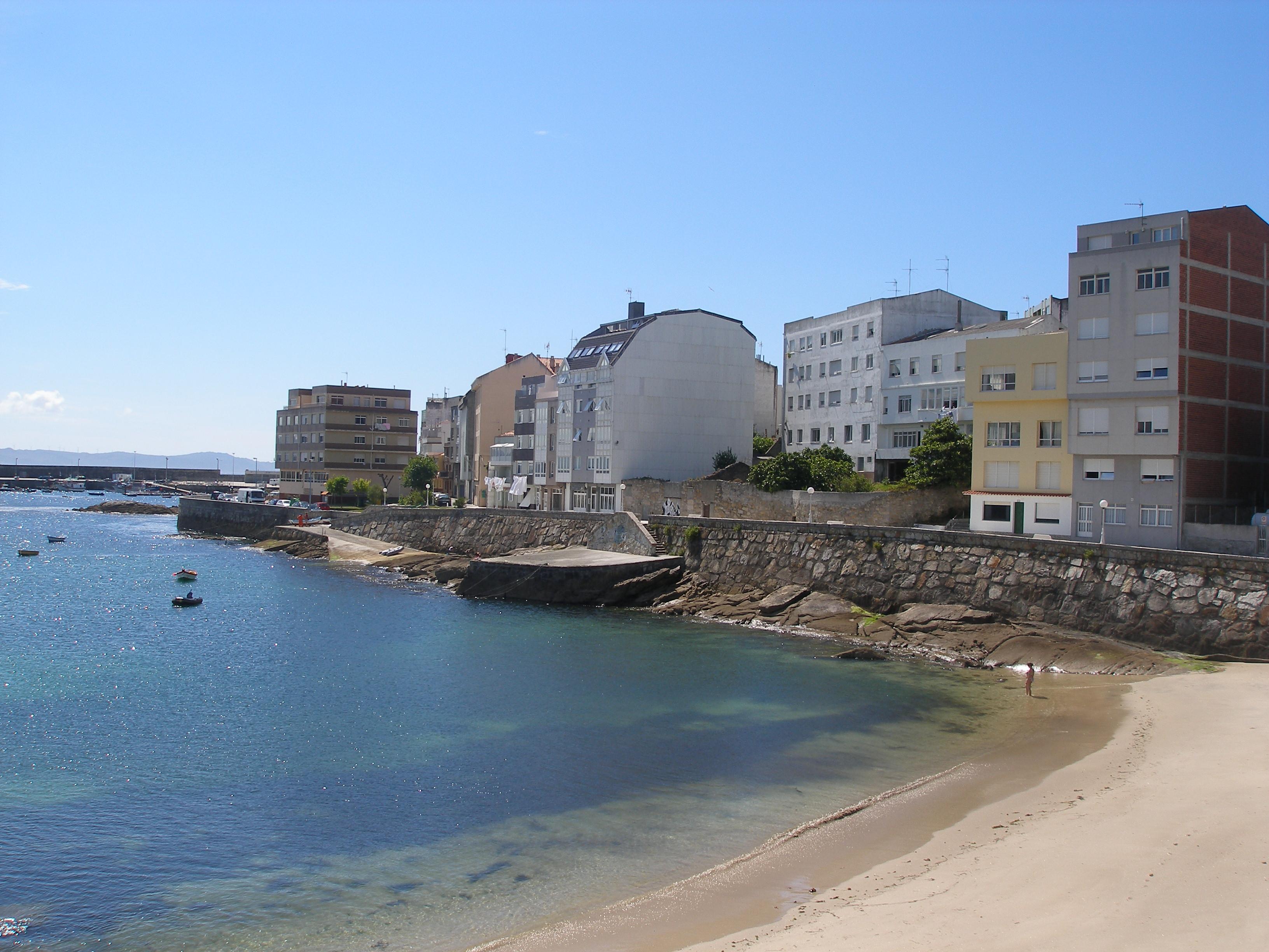 Foto playa A Hermida. Corme desde la playa de la Arnela