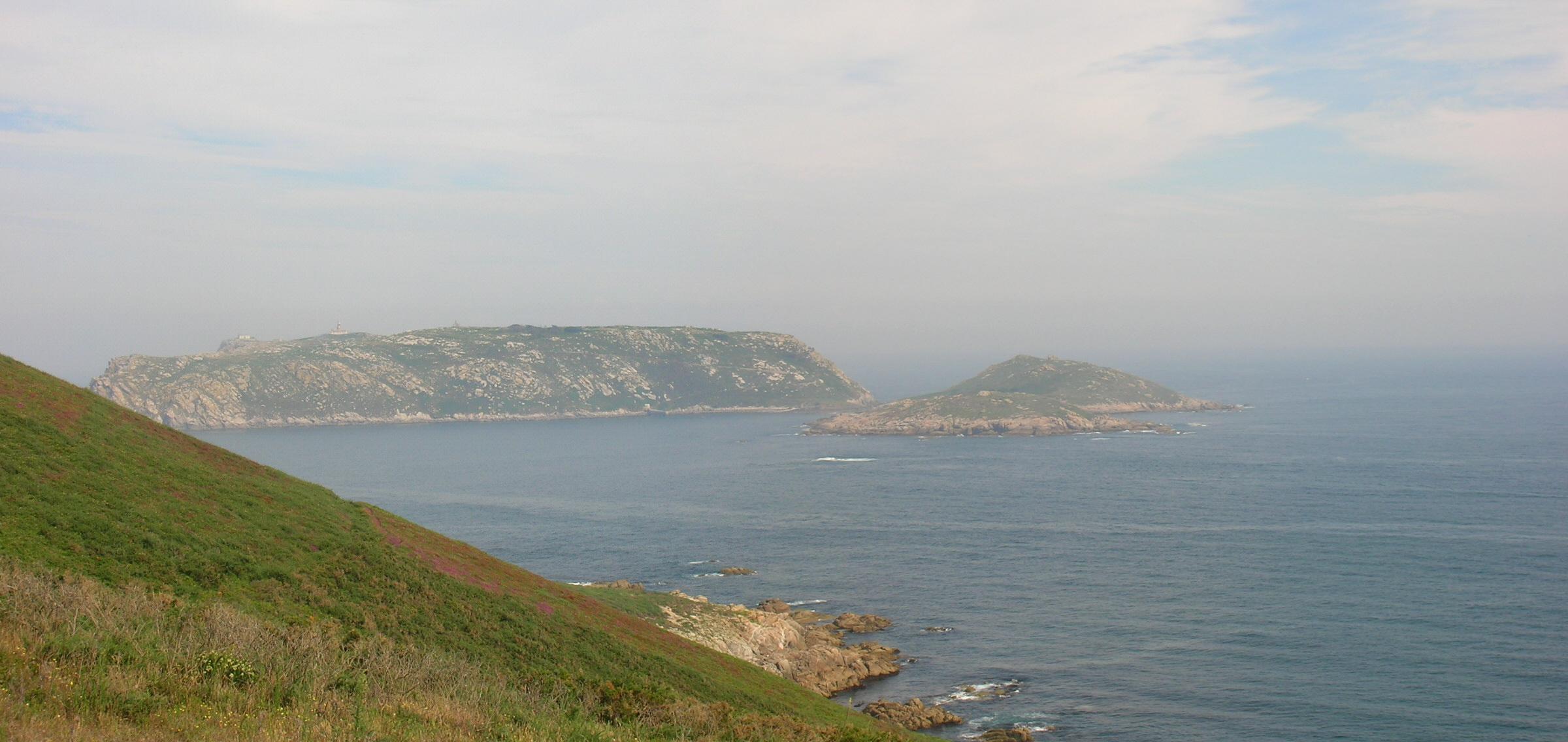 Foto playa Seaia. I(MG) slas Sisargas desde el Cabo San Adrián, Costa da Morte