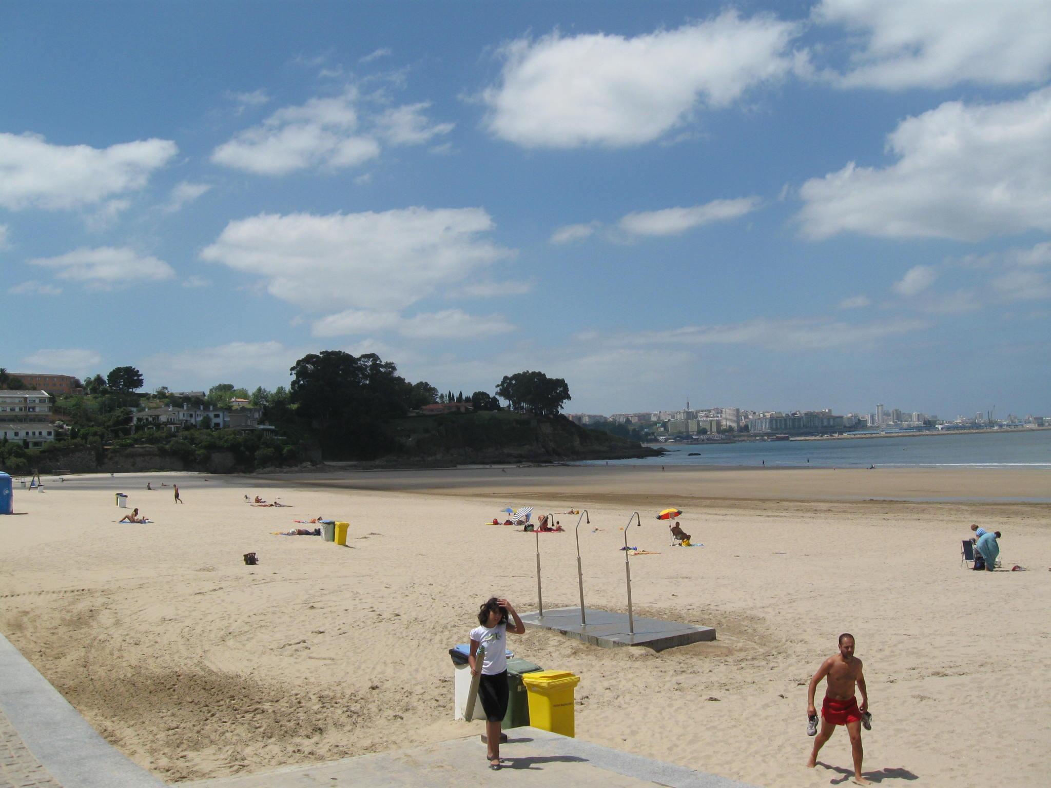 Foto playa Bastiagueiro. Playa de Bastiagueiro. Oleiros (La Coruña)