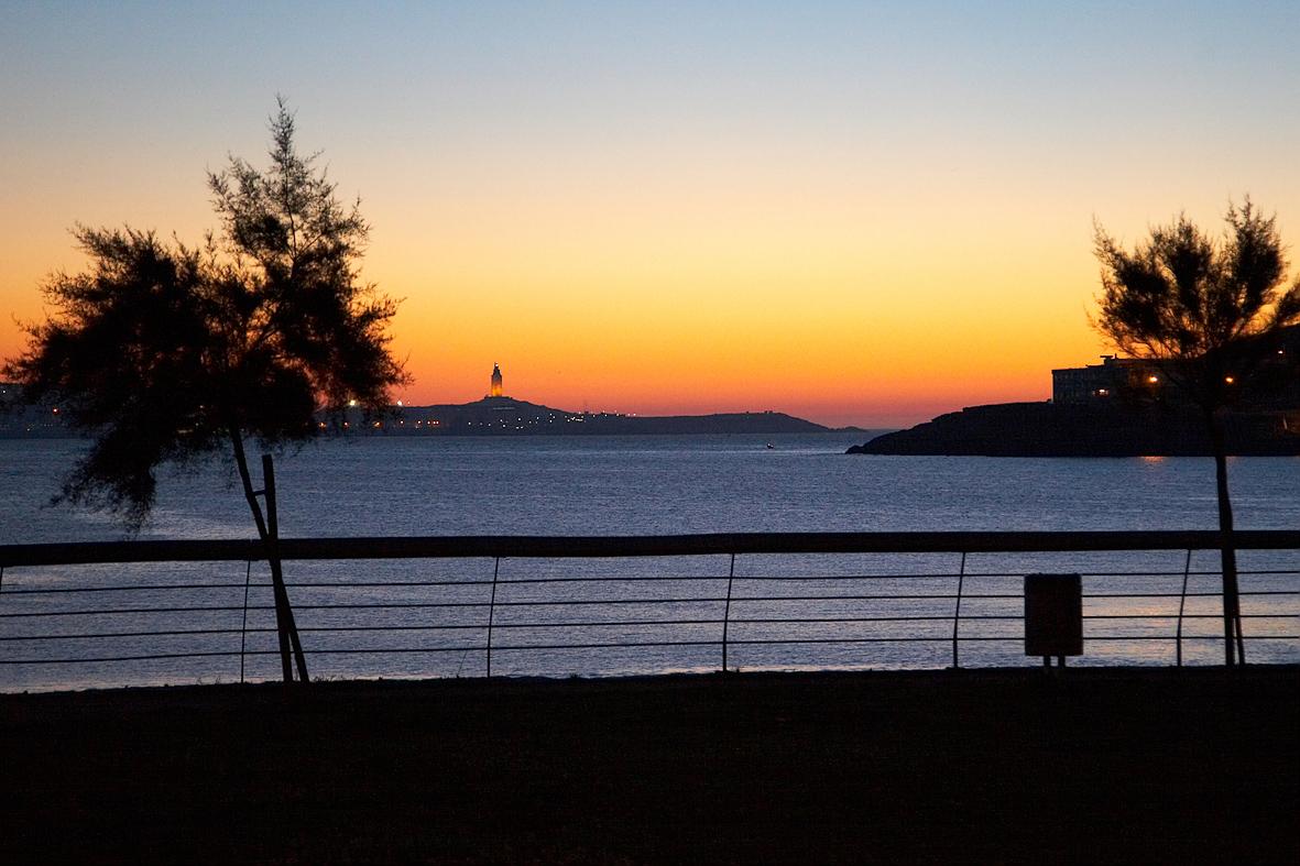 Foto playa Canide. Solpor dende Mera
