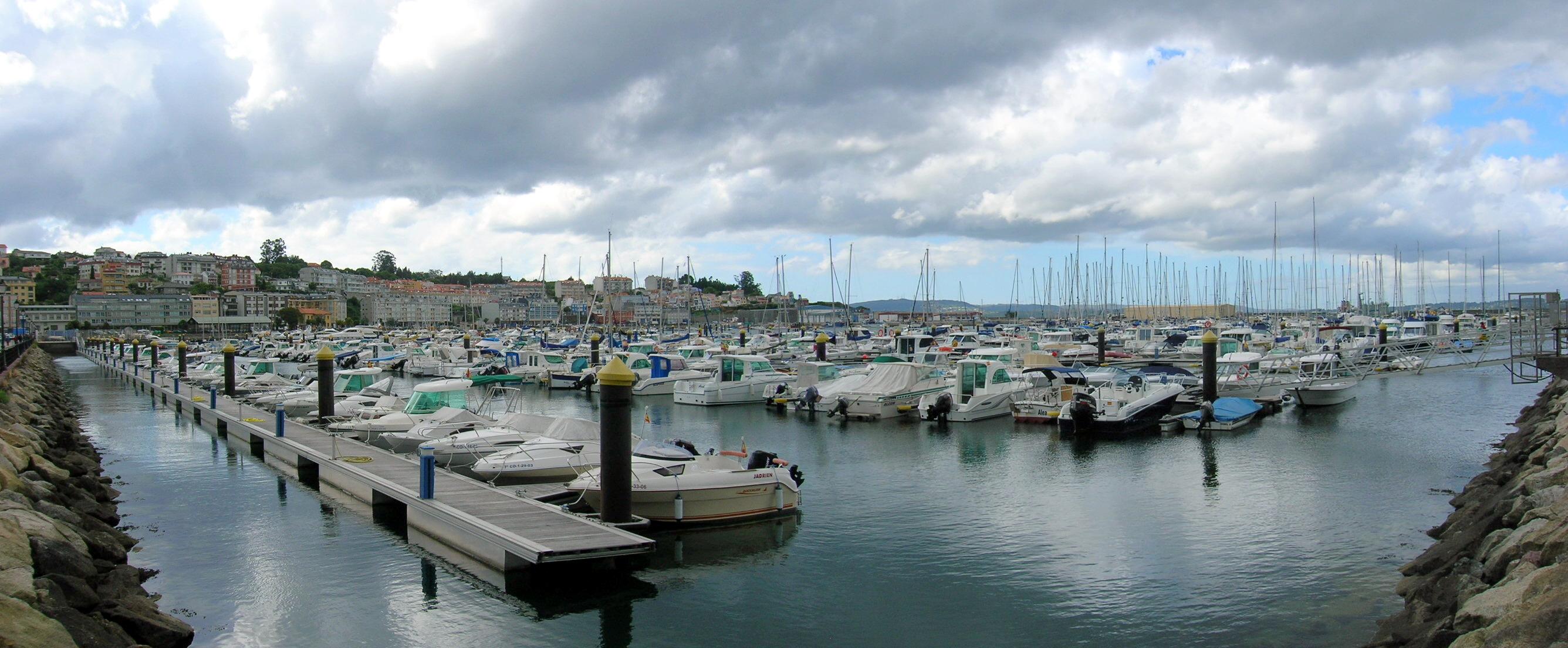 Foto playa Sada / Las Delicias / As Delicias. Puerto Deportivo Marina de Sada, A Coruña