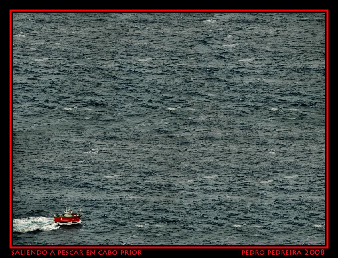 Foto playa O Porto. saliendo a faenar