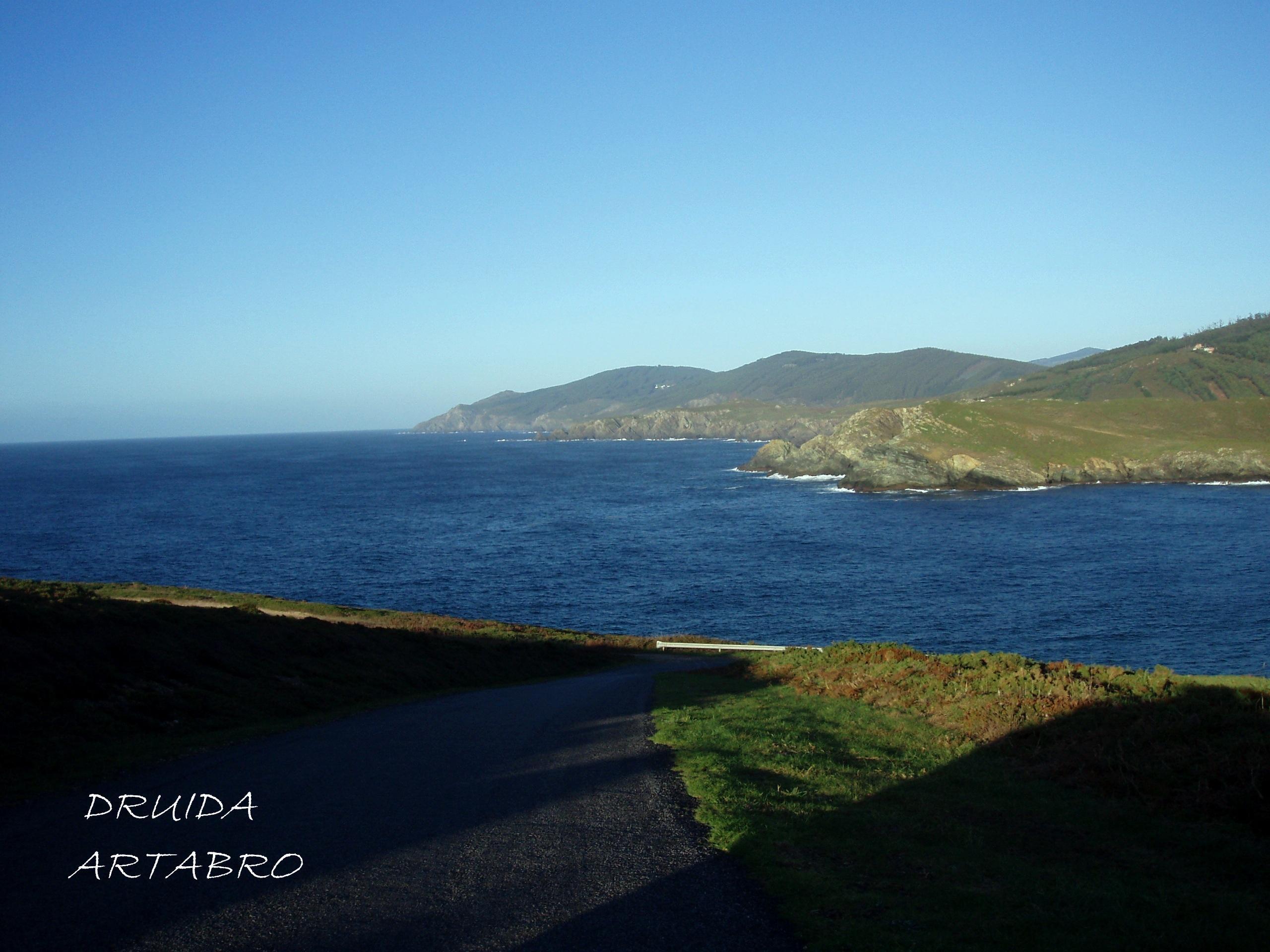 Foto playa Rosella. costa de pantin