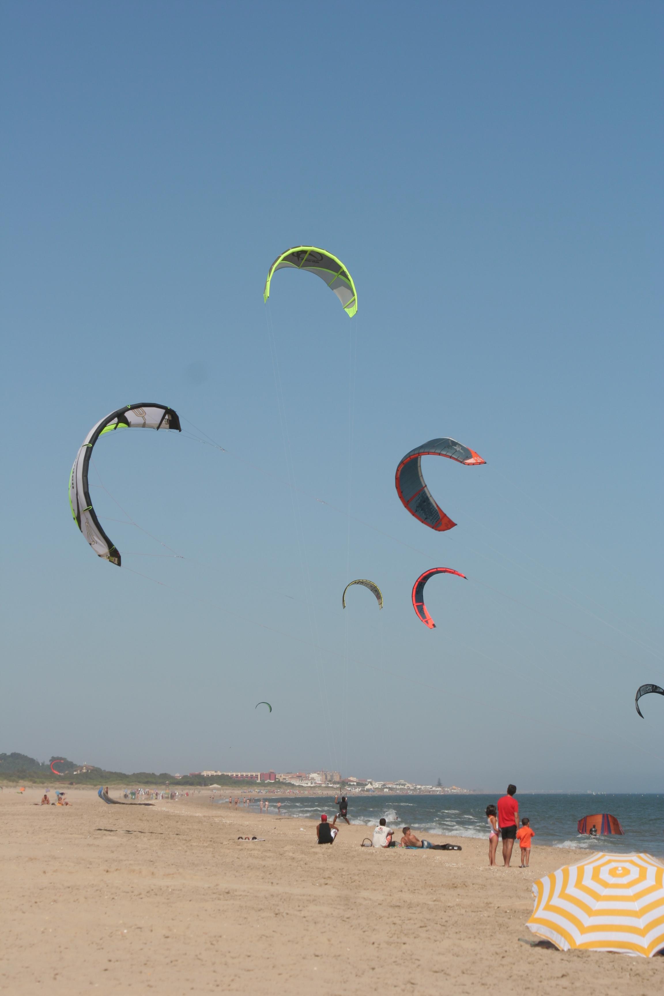 Foto playa Del Hoyo. TODOS VOLAMOS SOBRE EL AGUA