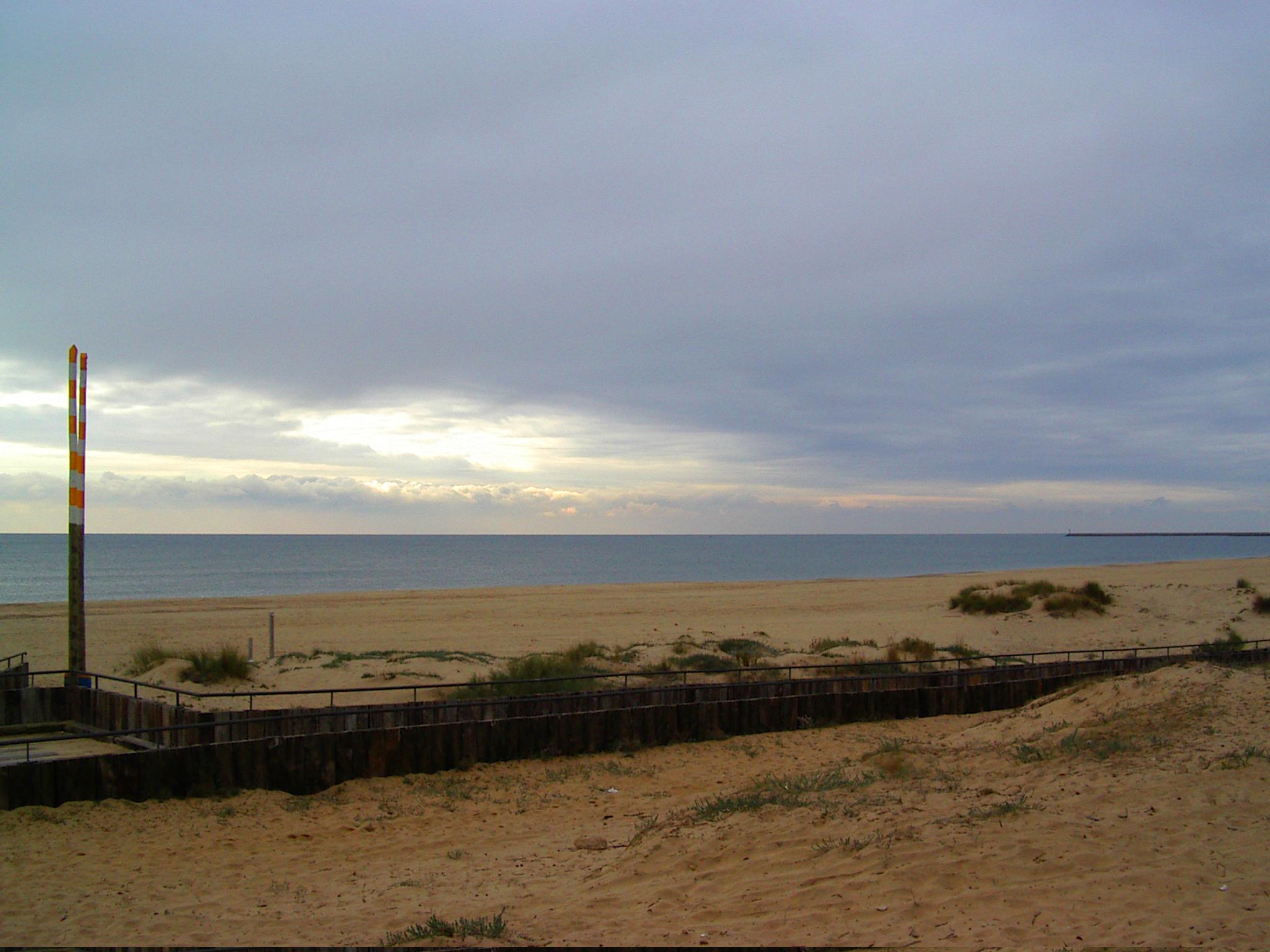 Foto playa Central. Playa de Isla Cistina en invierno