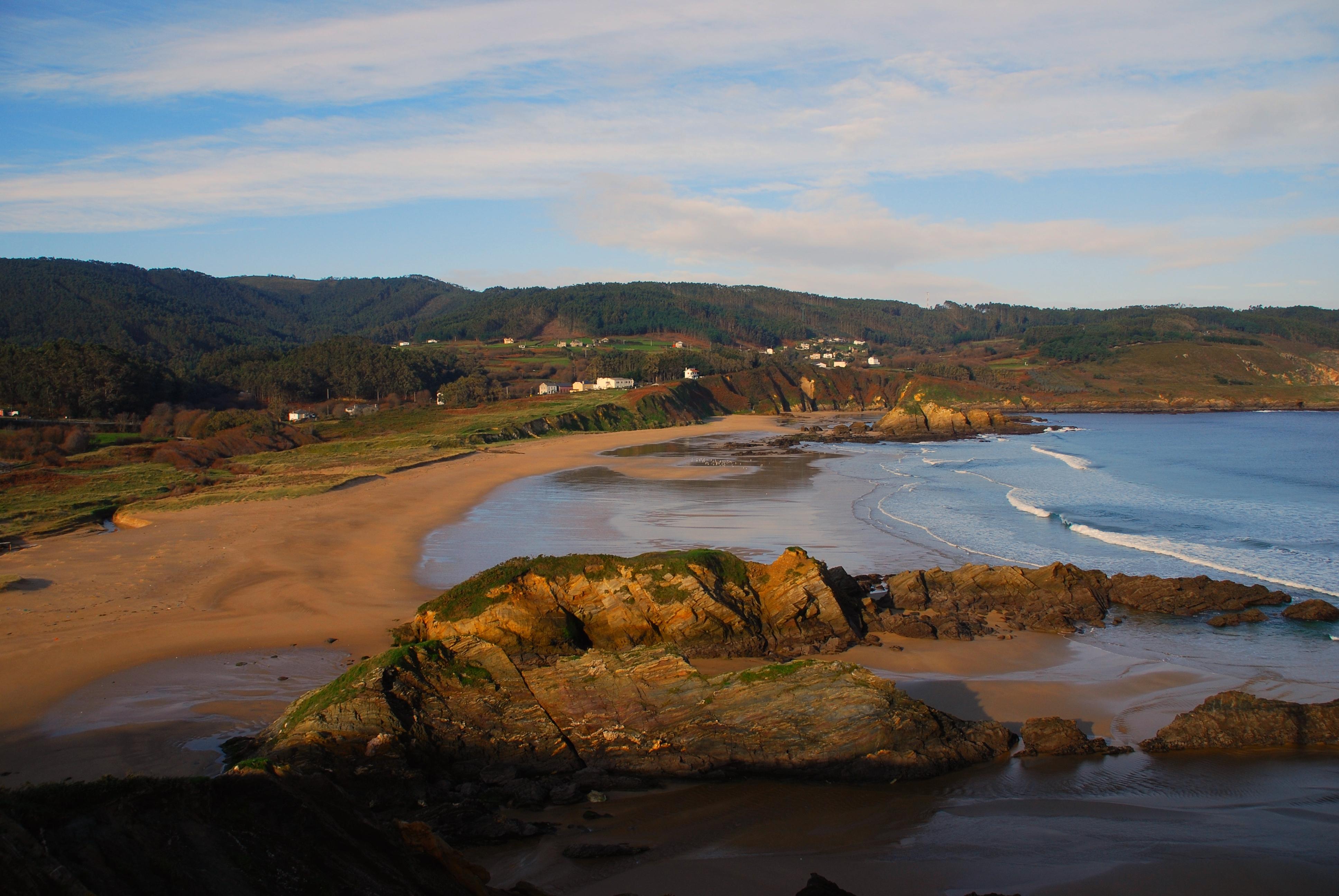 Playa Os Monxes / Alegrín