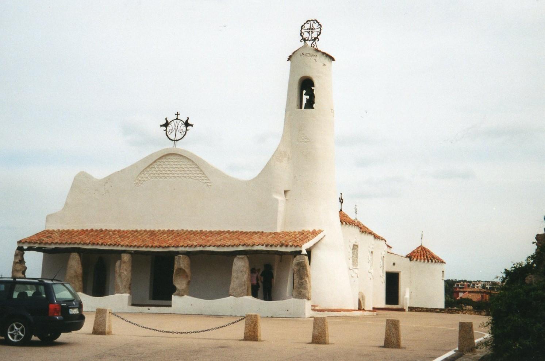 Foto playa Areoura. Porto Cervo - Kirche Stella Maris