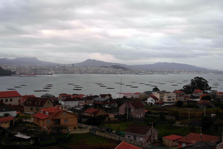 Foto playa San Bartolo. Vigo desde Meira