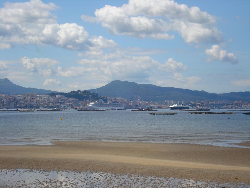 Foto playa San Bartolo. Bahía de Vigo