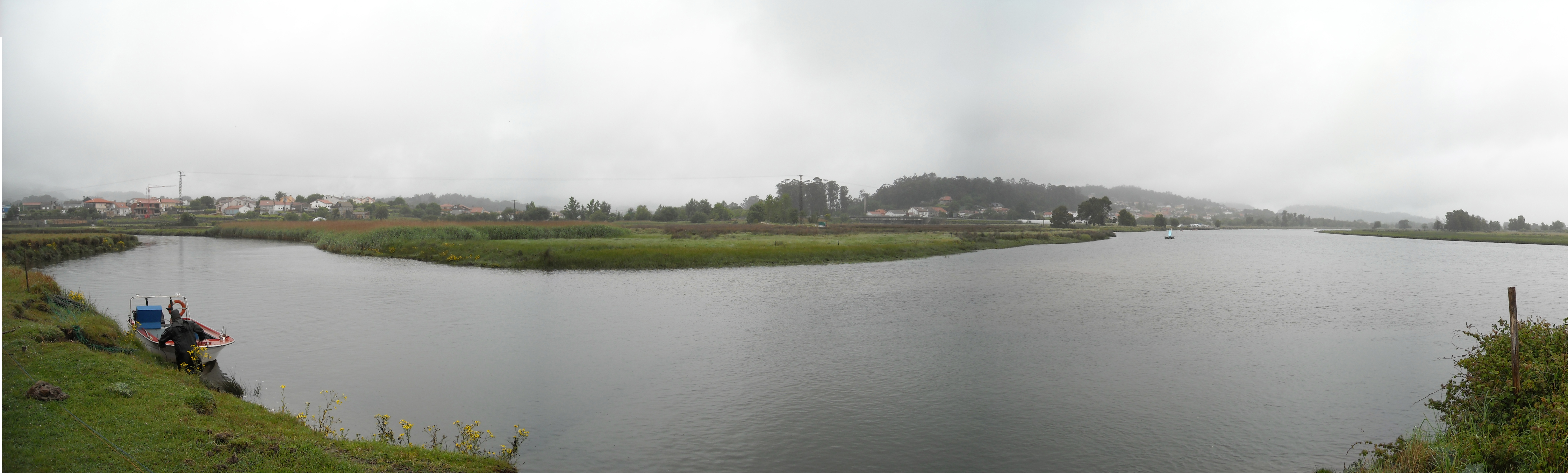 Foto playa Río Tamuxe. Dende a illa l