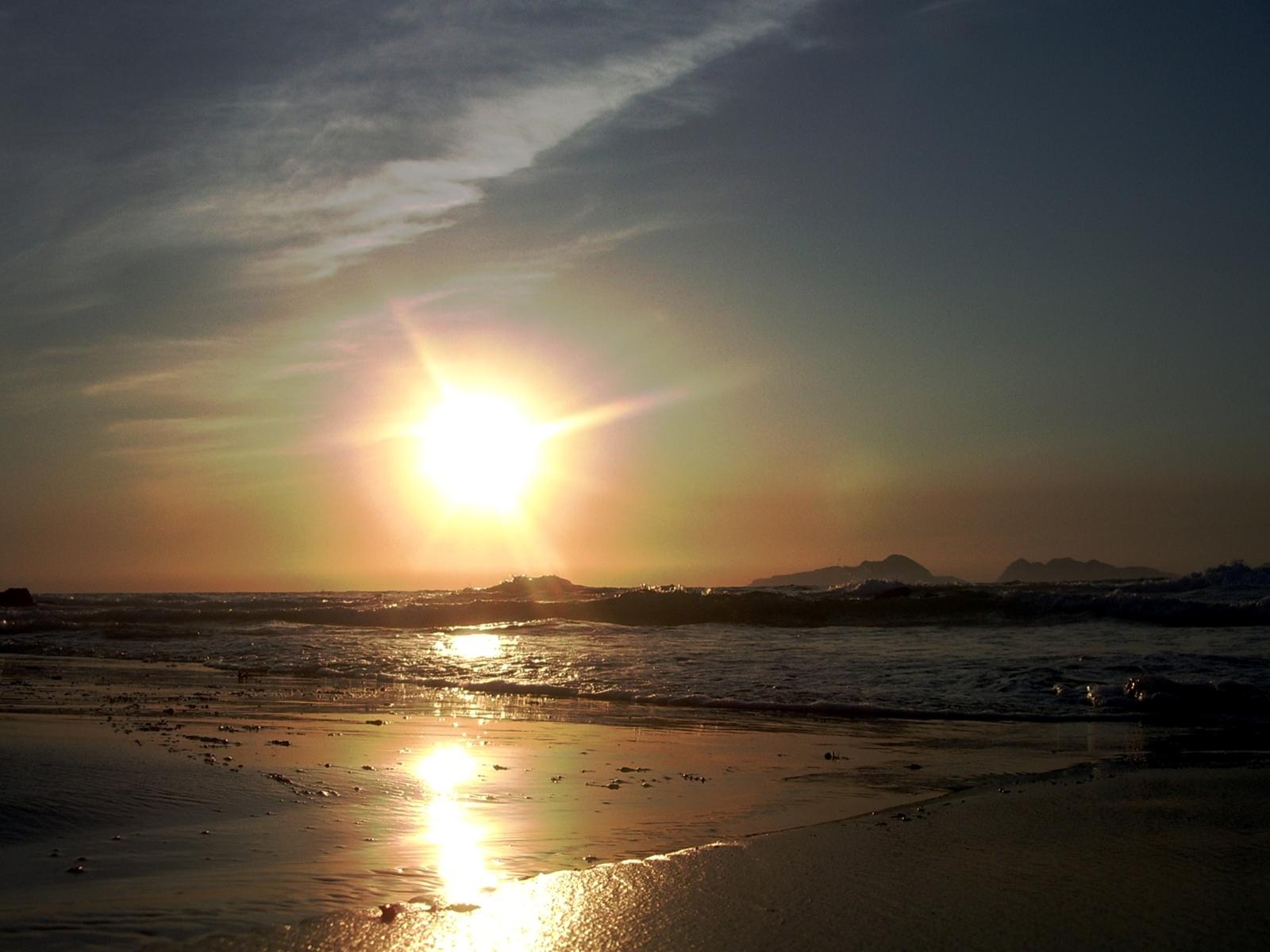 Foto playa O Portiño. Atardecer en Prado