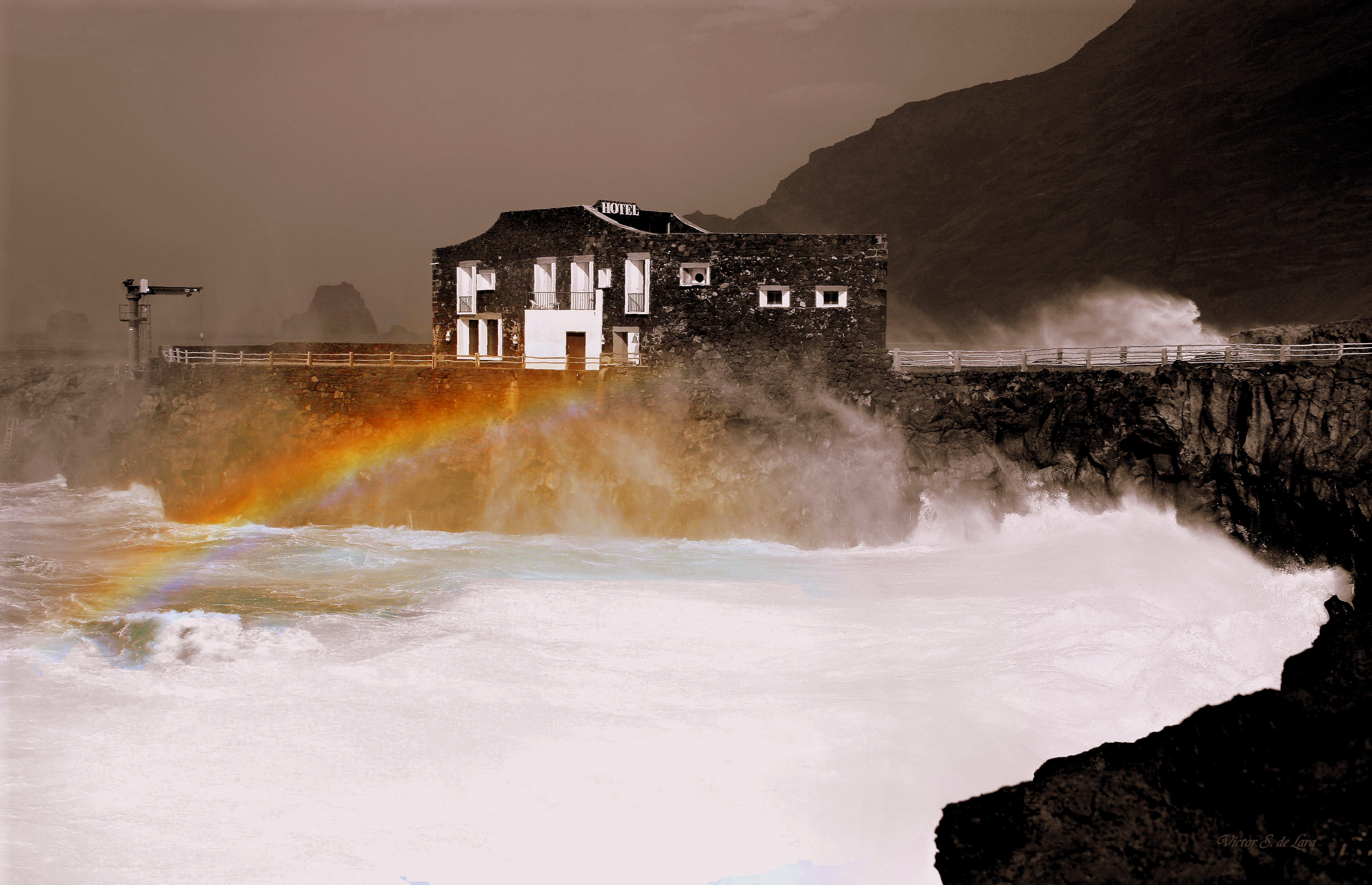 Foto playa Punta Grande. Arco iris de mar ( Sea rainbow )