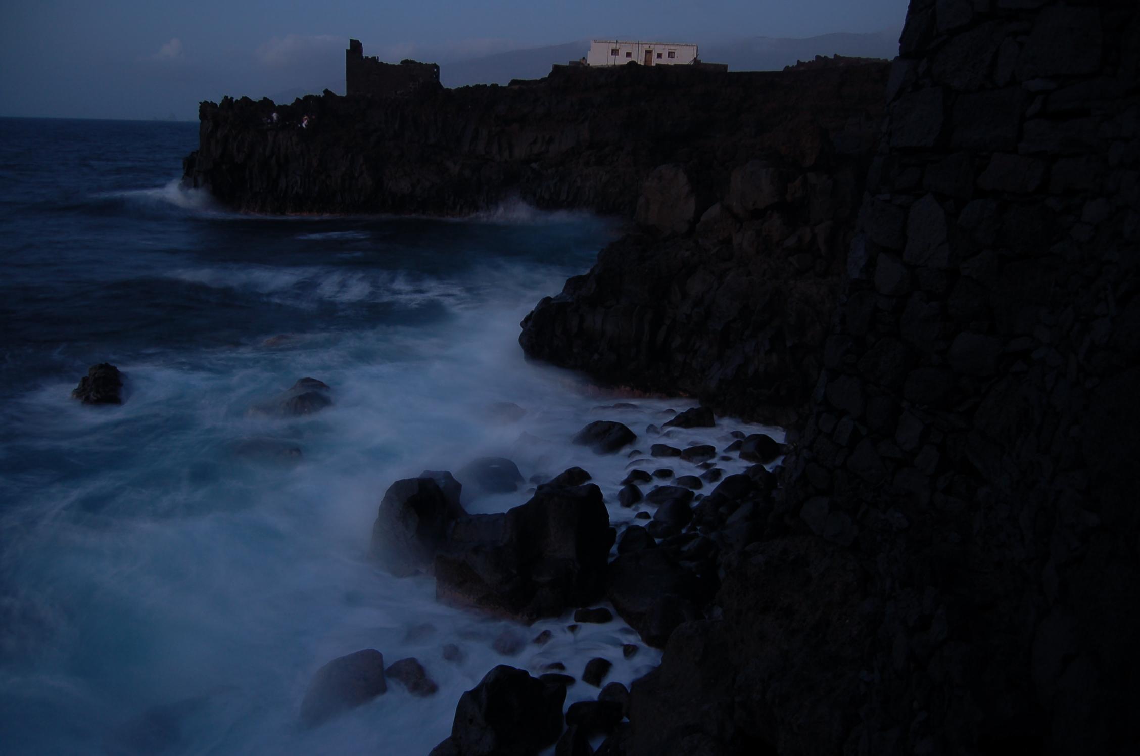 Foto playa El Verodal. Noche en el pozo de la salud