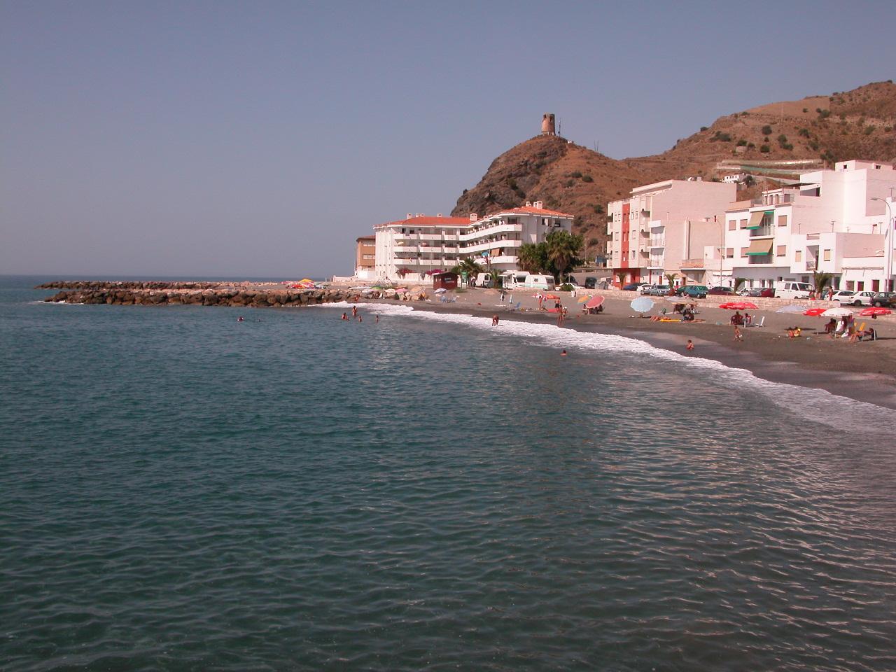 Foto playa La Mamola. La Mamola (Granada)