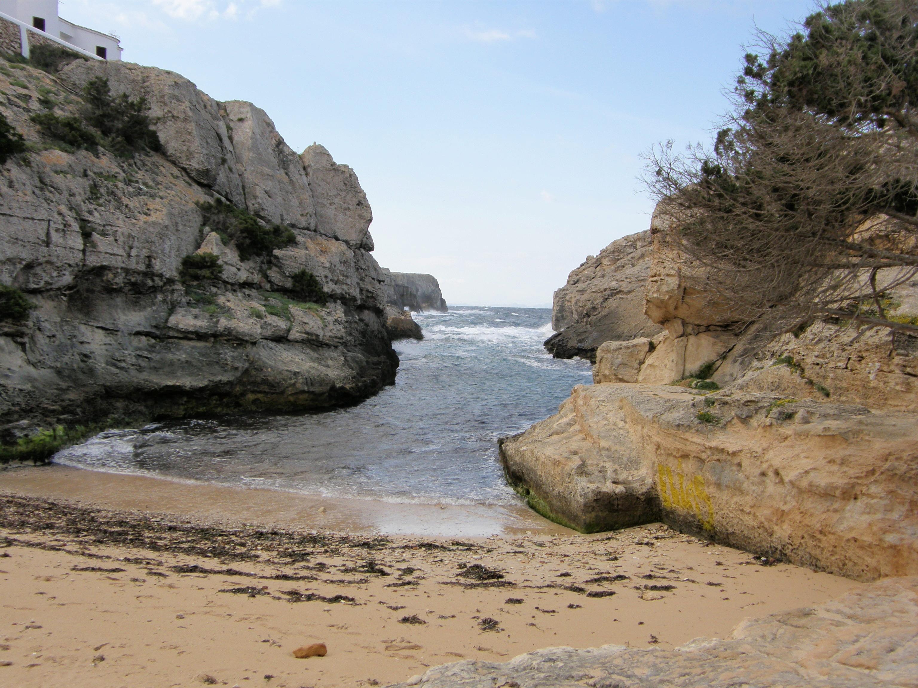 Foto playa Cala En Forcat. Pequeña  Cala en  Ciutdadella  Menorca