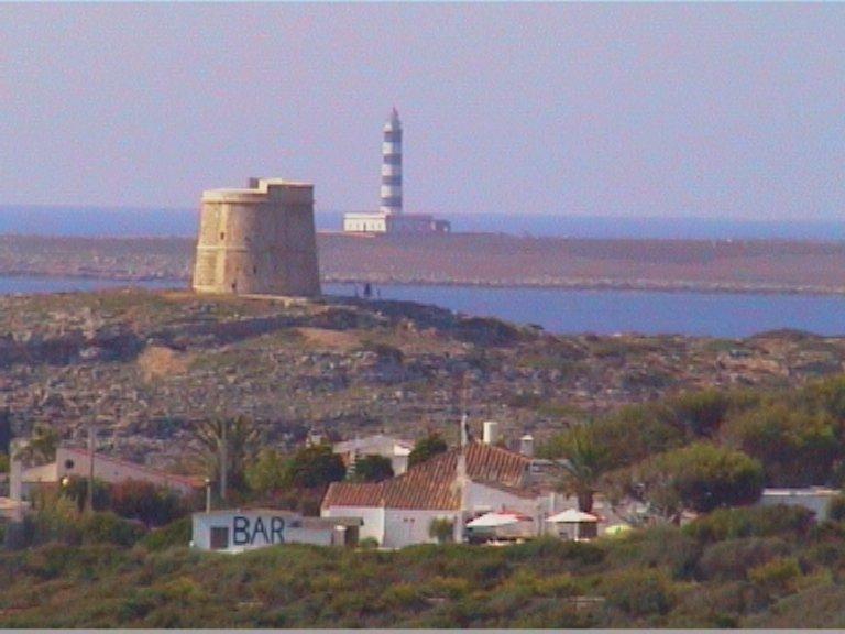 Foto playa Cala Alcaufar. Illa de l´aire desde s´Algar