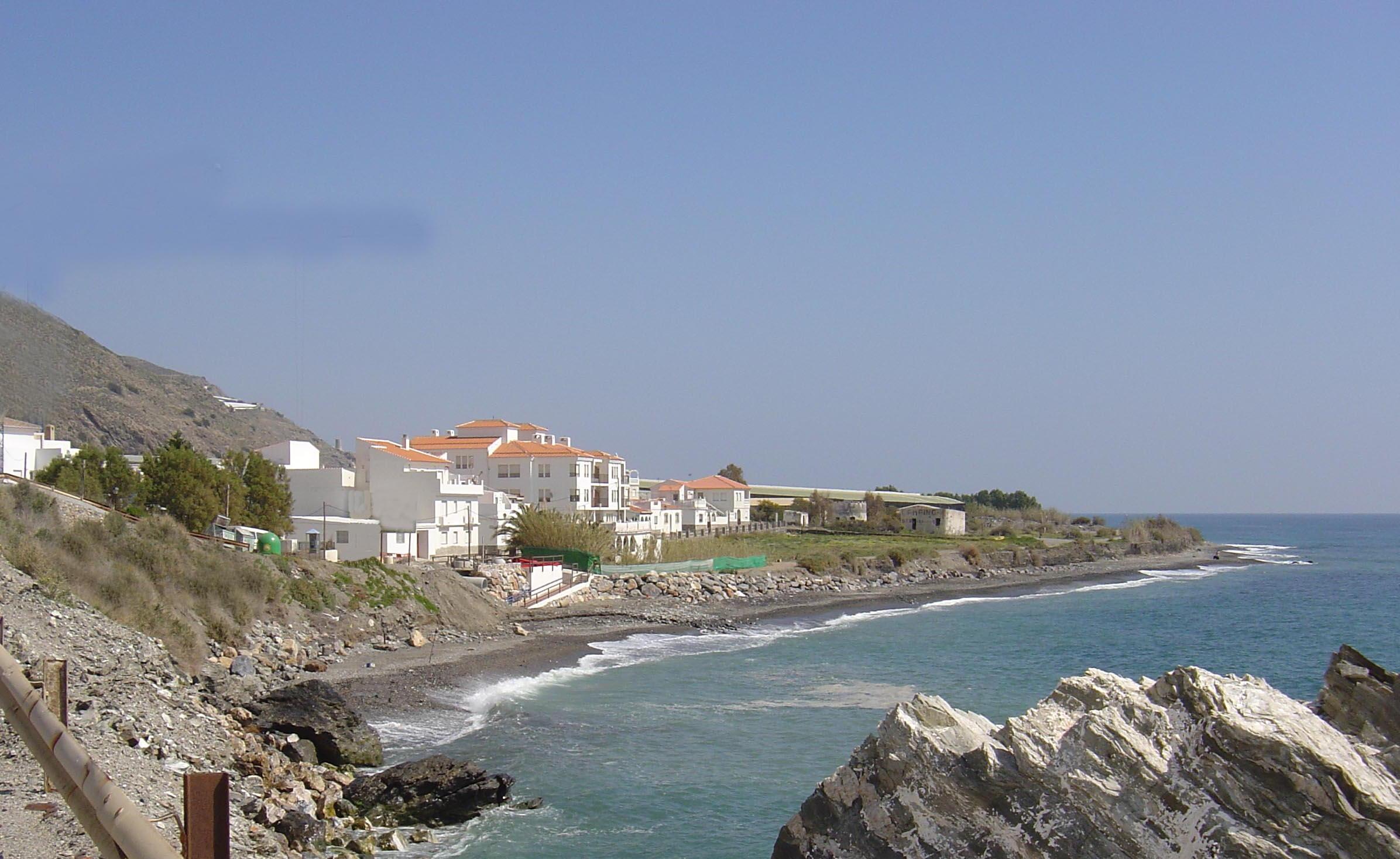 Foto playa Castillo de Baños. Casarones_Rubite