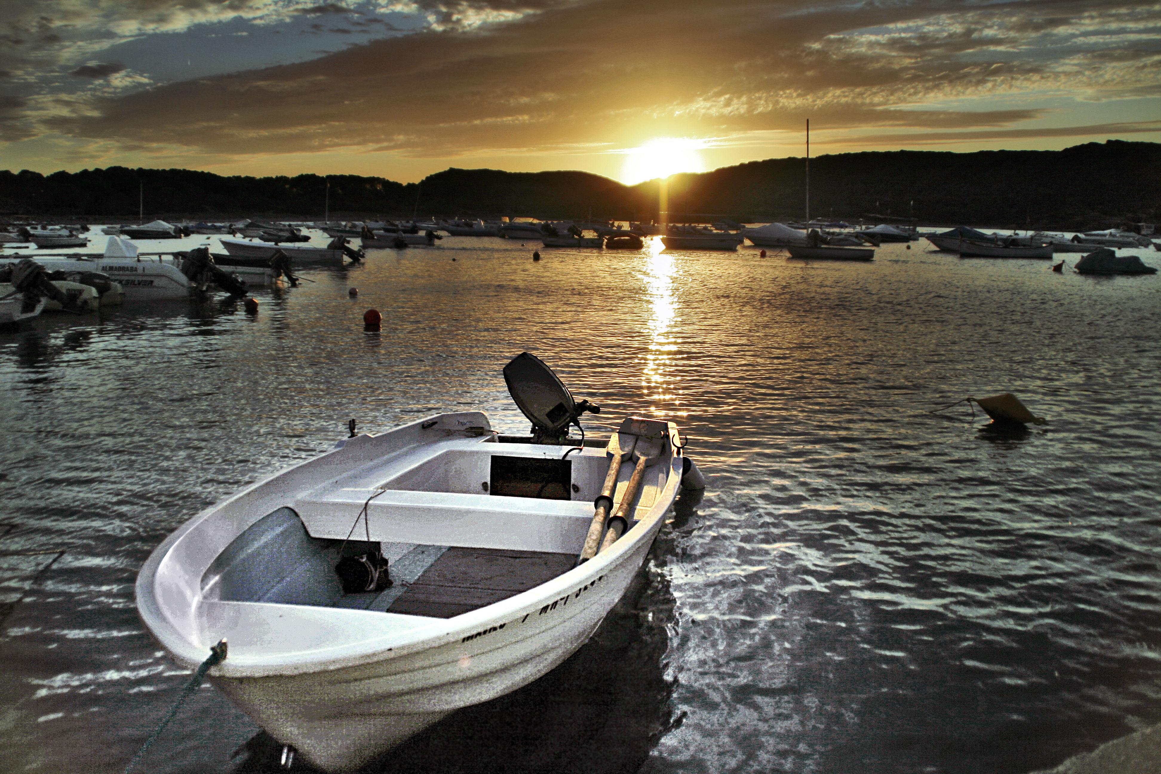 Foto playa Es grau. Port Sunset